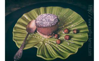 Layer cake : dessert cru chocolat noix de coco végan